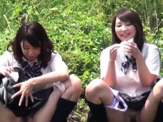 Asian teens squat plus pee