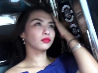 Flirting Asian floozy smiles and seduce with a nice blow job